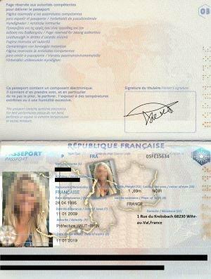 Der gefälschte Pass einer Betrügerin