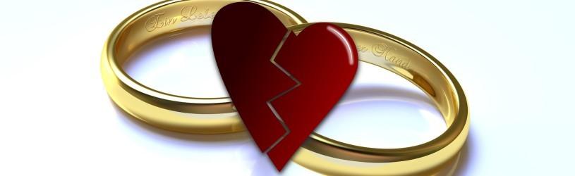 Eheringe über einem gebrochenen Herz - Detektive klären Ehebetrug auf